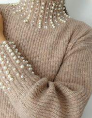 Modny-sweterek-koraliki
