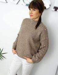 Modny-sweter-koraliki